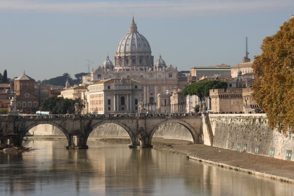 st-peters-basilica-752403_1280