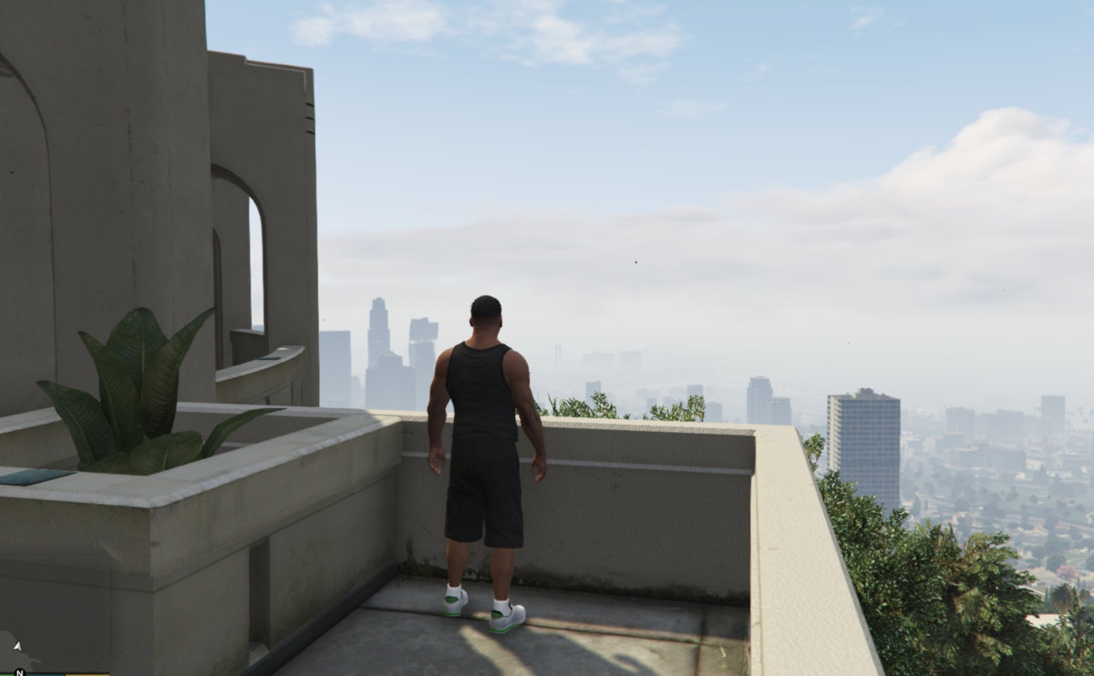The best video games to inspire travel - feel like you are walking the streets of Los Angeles in Grand Theft Auto V.